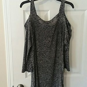 NWOT Woman Within cold shoulder blouse